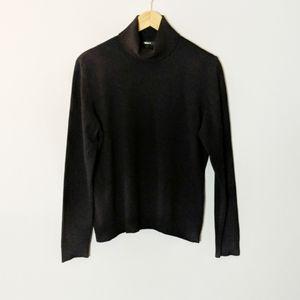 Escada Black Cashmere Silk Turtle Neck Sweater 44